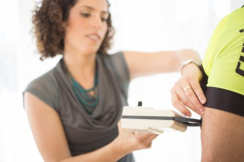 אחוזי שומן או משקל – מה חשוב יותר?